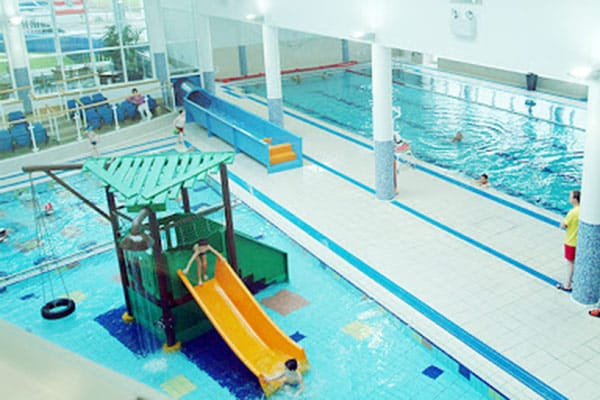 Churchfield swimming pool